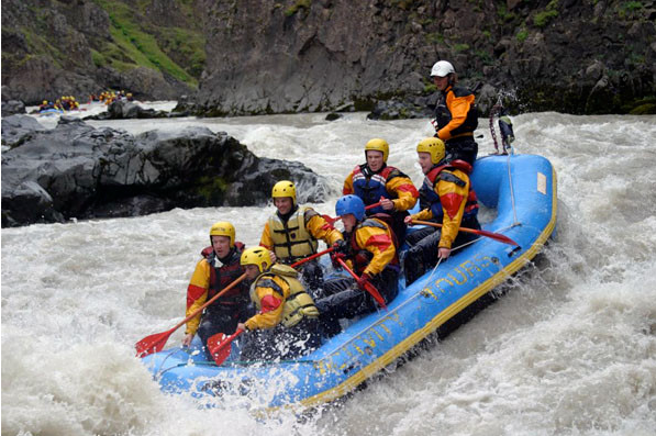 water rafting in Iceland